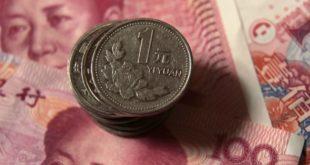 China responde a aranceles de Trump; devalúa el yuan a su nivel más bajo en 10 años