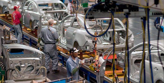Ilógico de EU imponer aranceles a importaciones de autos: Guajardo