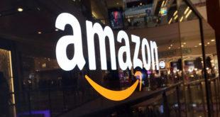 Trump a Amazon: debe pagar más al Servicio Postal para operar