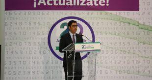 Jefe del SAT, Osvaldo Santín, al inaugurar la Jornada de Orientación sobre Actualización de la Factura.