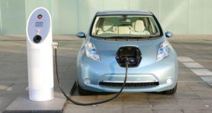 Urgen fortalecer infraestructura para impulsar uso de autos eléctricos