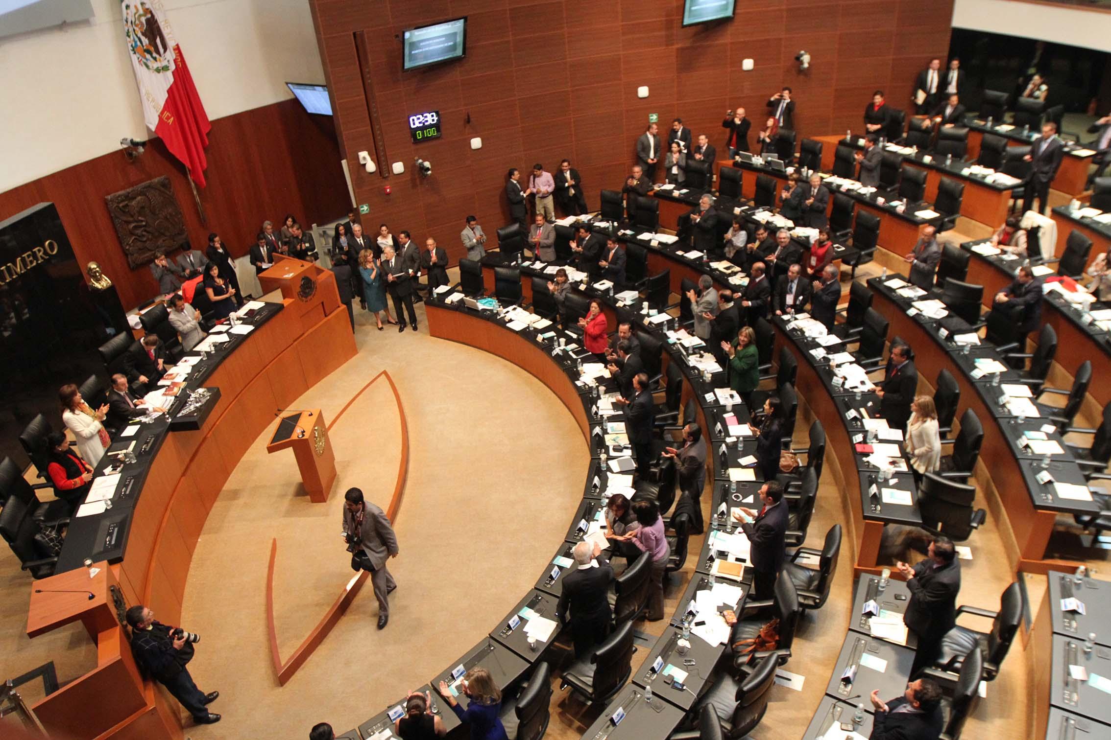 Aprueba Senado leyes secundarias para tumbar reforma educativa