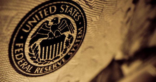 Mantiene Fed sin cambios tasa de interés y destaca solido crecimiento de EU, economía