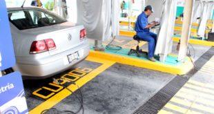 ¿Tu auto tiene engomado verde? ¡Que no se te pase la verificación!