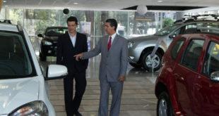 Cae venta de autos 8.5% en noviembre