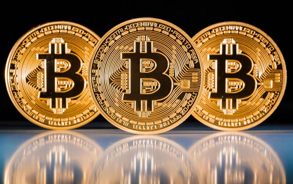 Exigencias de Japón a criptomonedas tira el Bitcoin por debajo de los 7,500 dólares, Bitcoin