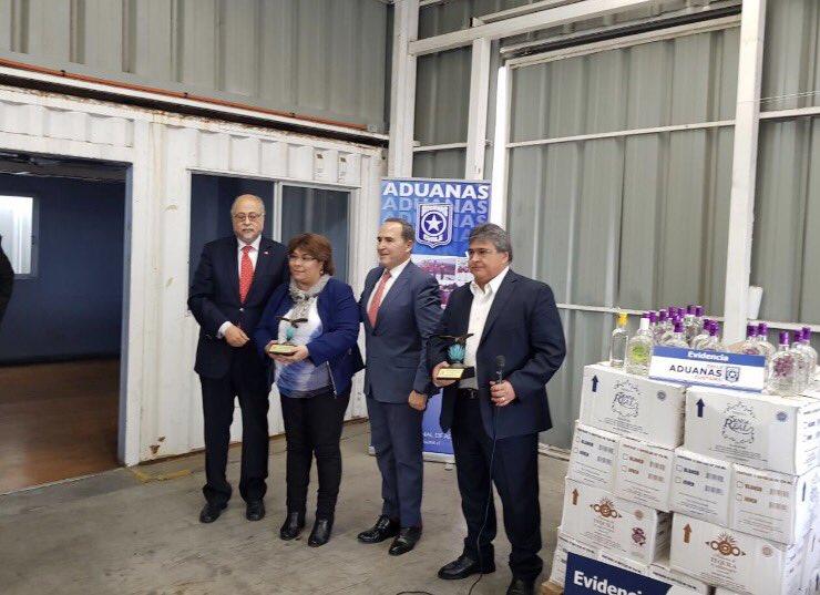 Decomisan 11,340 litros de tequila apócrifo en Chile