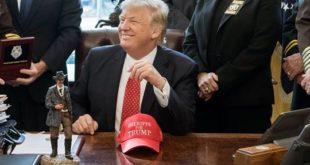 """Trump """"despedirá"""" a más personal de la Casa Blanca para alcanzar la """"perfección"""""""