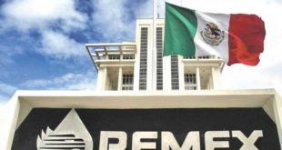 Fitch cambia perspectiva de Pemex a negativa