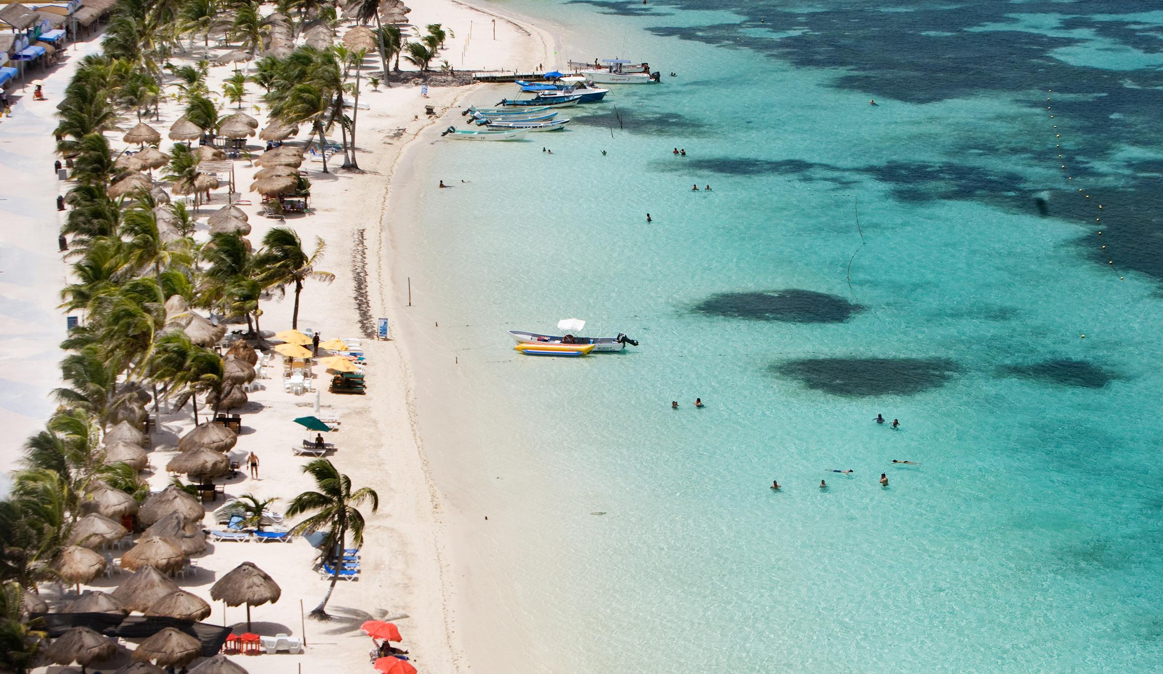 Adquiere gobierno de Quintana Roo póliza de seguro para arrecifes y playas