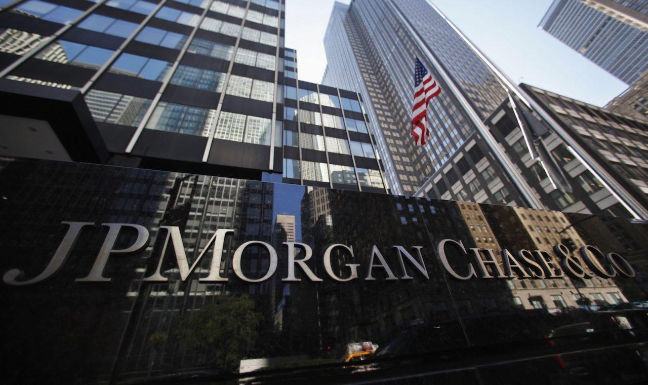 bancos, Torturar a México con el TLCAN es equivocado: JP Morgan