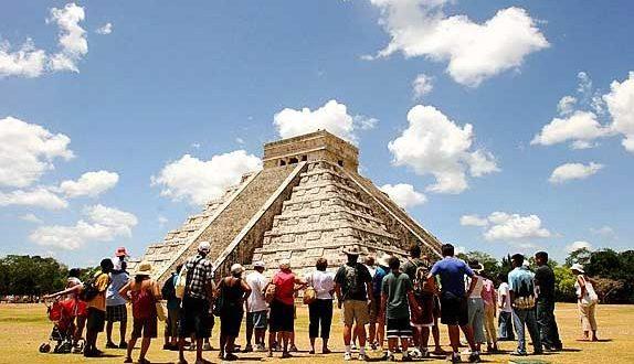 Pronostica CNET llegada de 43 millones de turistas en 2018