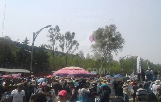 Protesta SME afuera de San Lázaro