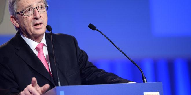 Comisión Europea exige soluciones concretas viables a Reino Unido por 'brexit'