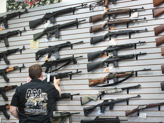 Arizona alista leyes más estrictas para control de armas