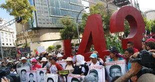 Detienen a hombre ligado a la desaparición de los 43 de Ayotzinapa