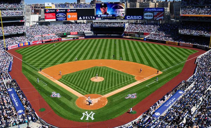 Facebook y MLB firman acuerdo de transmisión de juegos de beisbol