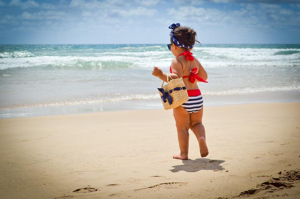 ¿Viajarás por primera vez con tu bebé? No gastes de más con estos consejos