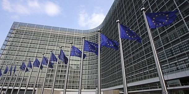 UE prolonga un año más las sanciones contra el gobierno de Siria