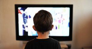 Niños mexicanos prefieren ver televisión que navegar en internet