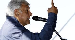 López Obrador recibe apoyo de la Cámara de la Construcción