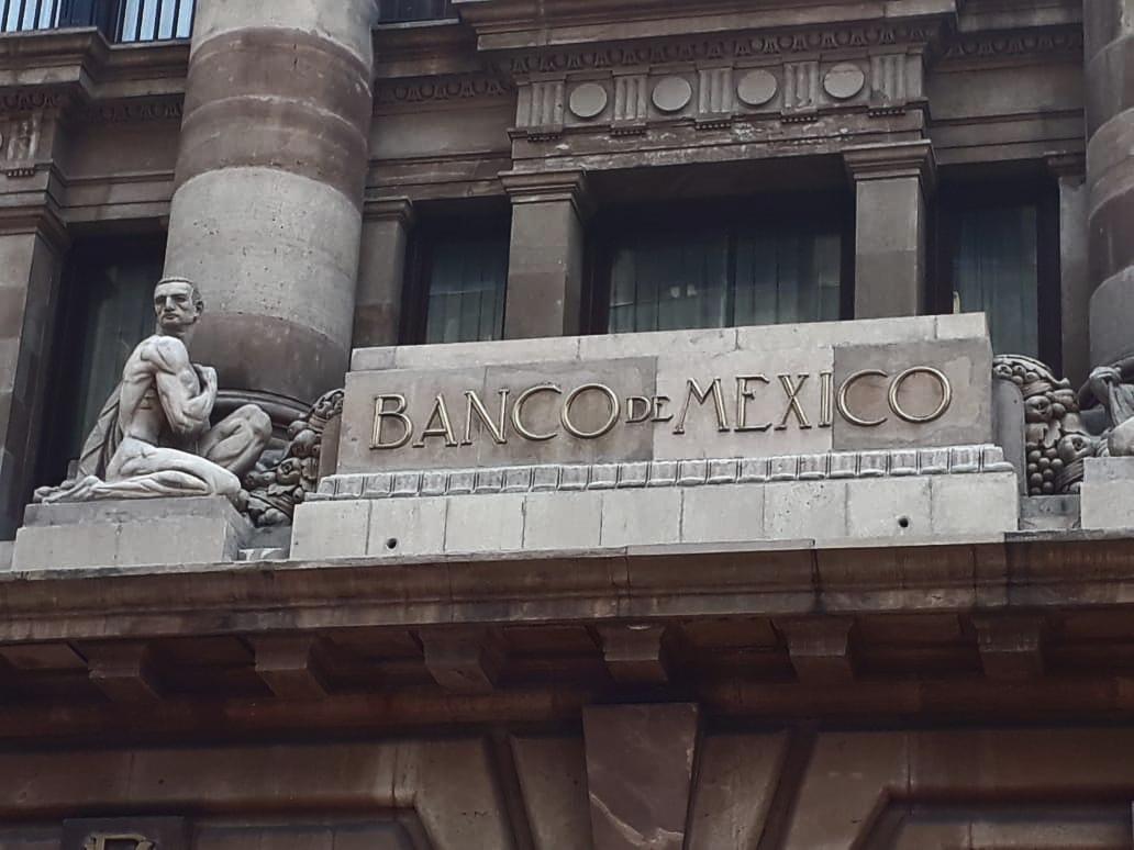 remanente, Encuesta Banxico: analistas recortan estimado de crecimiento a 0.43%