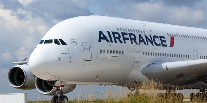 Tras dimisión de presidente, acciones de Air France pierden altura