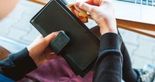 Por cubrir gastos de hijos, madres de familia se endeudan más