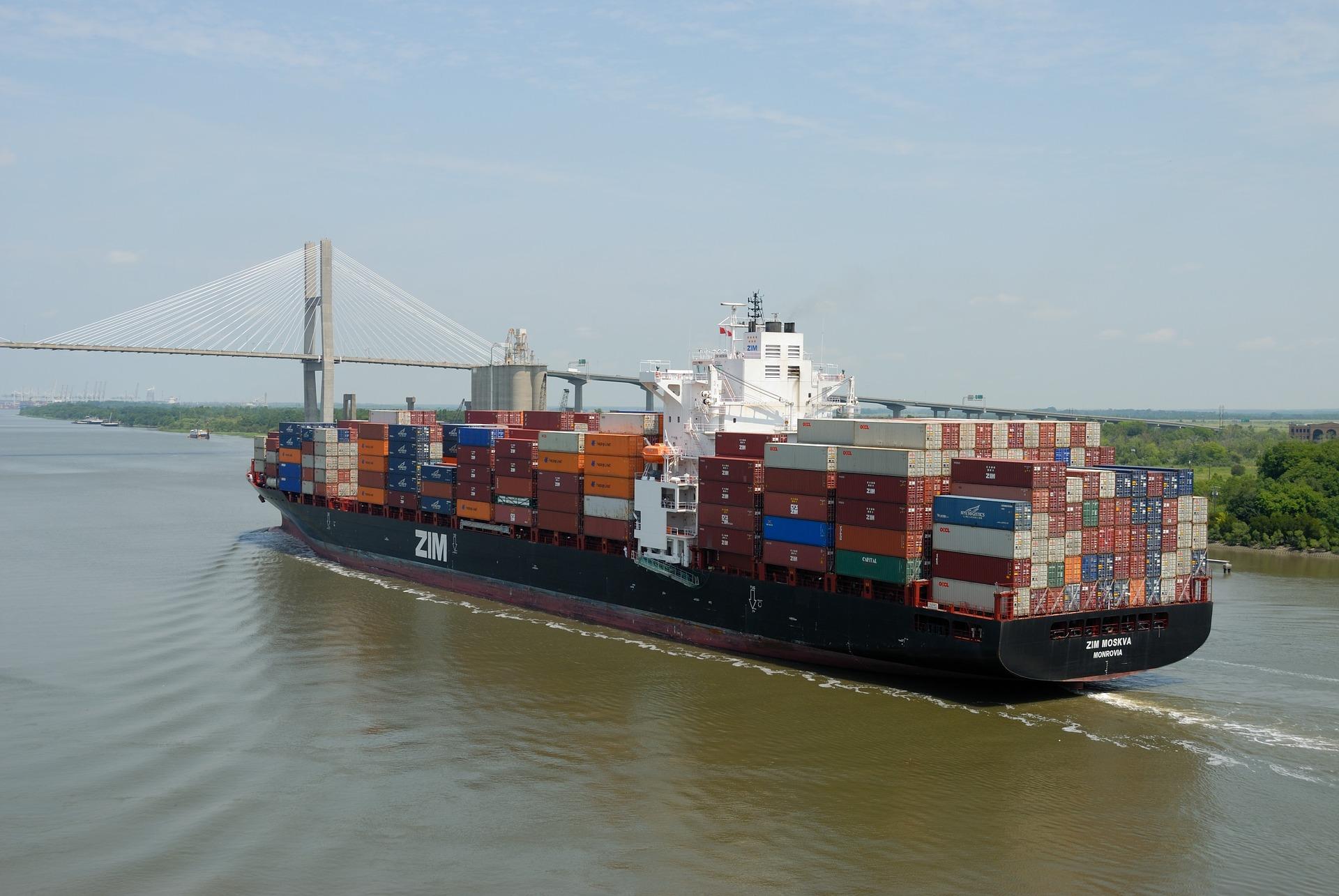 China aumentará importaciones de EU 'según principios del mercado'