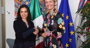 La Cofece firma memorándum de entendimiento con la Comisión Europea