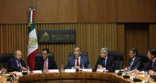 Pemex y sindicato acuerdan aumento salarial de 3.42%