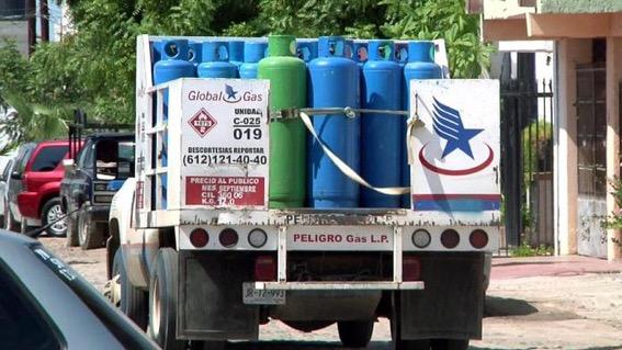 Persiste alto costo del gas LP en México pese a baja de precio en EU, MINIMONOPOLIOS