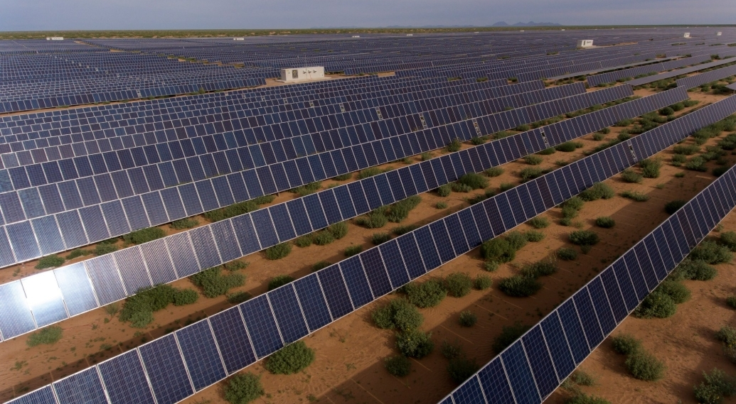 Presenta Telefónica el parque de generación de energía solar Kaixo, energía renovable
