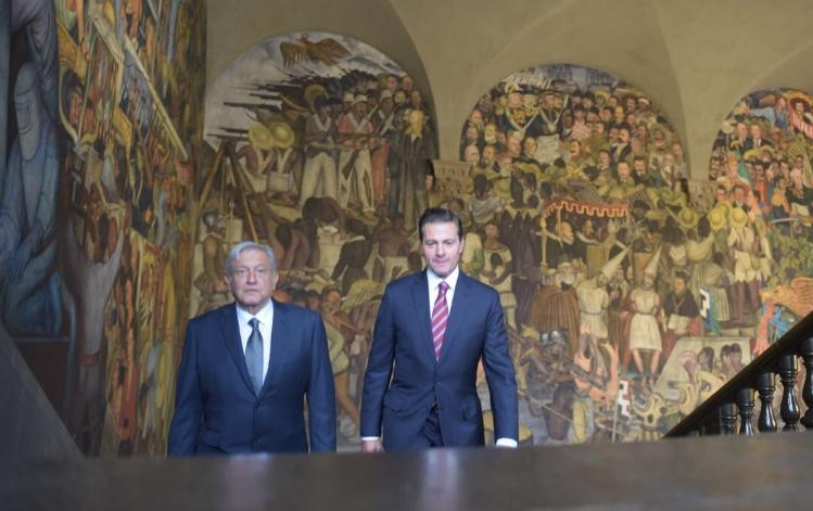 Acuerdan Peña Nieto y López Obrador presentar iniciativa para crear la SSP