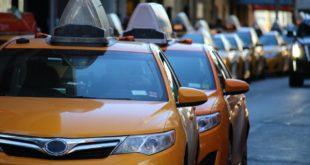 Detecta Cofece posible práctica monopólica de autotransporte en aeropuerto de Cancún