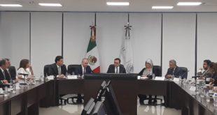Se reúnen Guajardo y Graciela Márquez Colín para reunión de trabajo