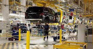 """En """"bache"""" competitividad automotriz regional con acuerdo México-EU: Citibanamex"""