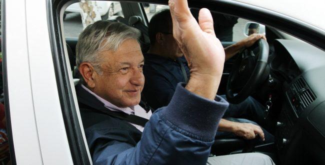 Exhorta AMLO a fortalecer sector petrolero ante IP de Villahermosa