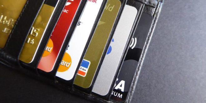 Incertidumbre podría presionar crecimiento del crédito bancario en México: Fitch. Prosa, tarjetas de crédito