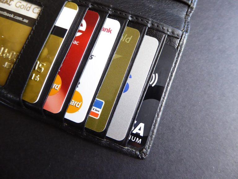 sistema financiero, CNBV, Incertidumbre podría presionar crecimiento del crédito bancario en México: Fitch. Prosa, tarjetas de crédito, bancos