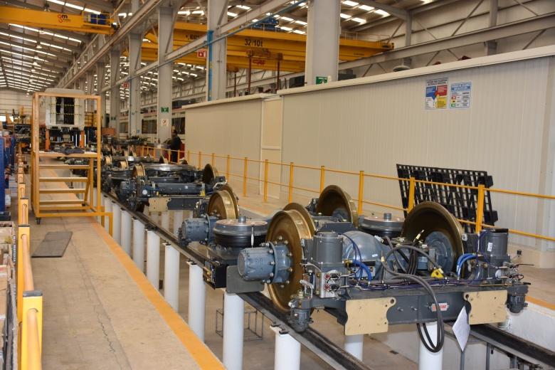 Actividad industrial aumentará hacia el final del año: Banorte