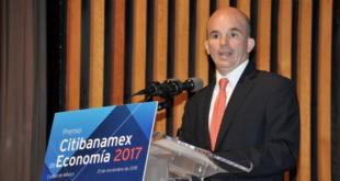 Hacienda entregará economía estable y sólida, reitera González Anaya
