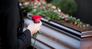 ¿Qué hacer si un ser querido fallece en casa?