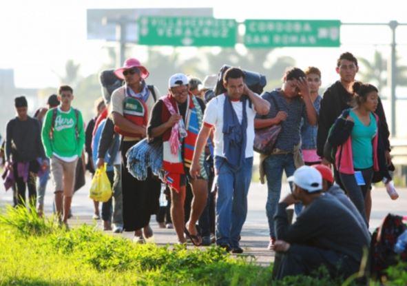 vacuna, Migrantes centroamericanos chocan con patrulla fronteriza, BanCoppel