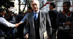 Por plan de austeridad, Manuel Bartlett devuelve 100 mil pesos de su salario