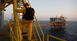 Asciende 0.72% producción de crudo de Pemex en agosto