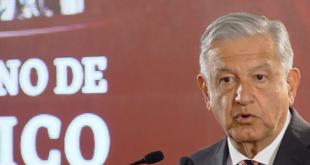 """No se permitirán """"modistos"""" como funcionarios públicos: López Obrador"""