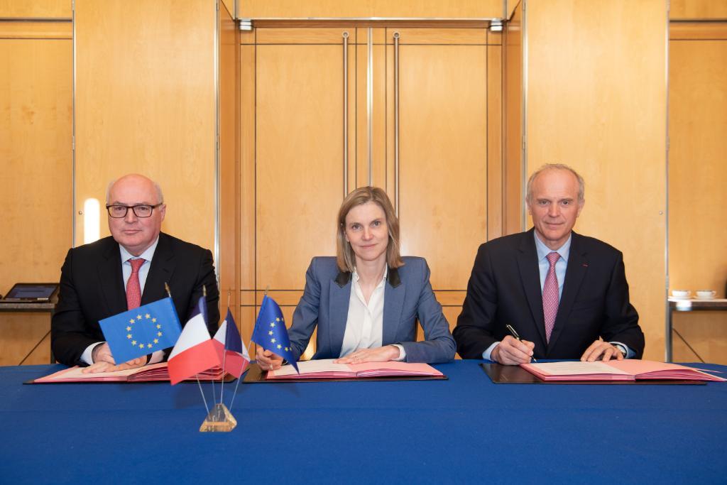 Michelin y Faurecia firman acuerdo para crear empresa conjunta