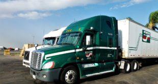 Proponen prohibición de vehículos doble remolque en carreteras federales