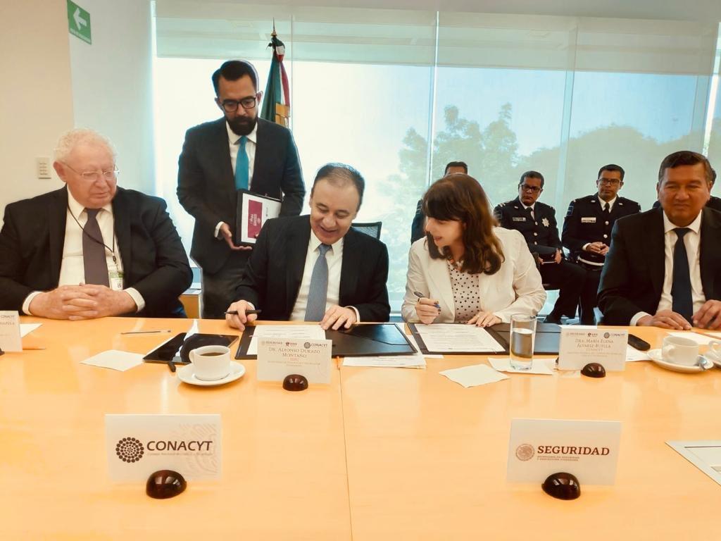 Conacyt firma convenio con SSPC para desarrollo tecnológico